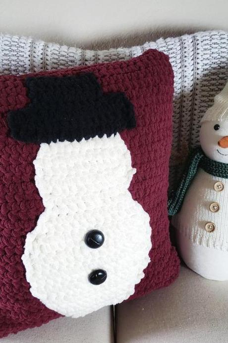 Snowman Throw Pillow Crochet Pattern - Digital Download - Crochet Pattern - Snowman Pillow Pattern - Throw Pillow - PDF Download